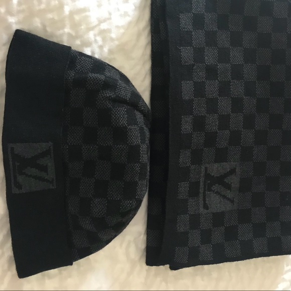 932f2a4556e0 Louis Vuitton Accessories